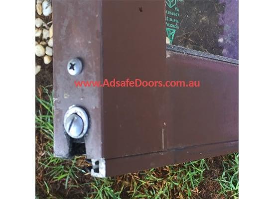 broken base of sliding door